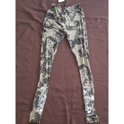 Hosszú legging fekete-bézs csipkemintázattal