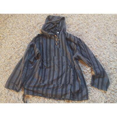 Hosszú ujjú fekete csíkos kapucnis ing
