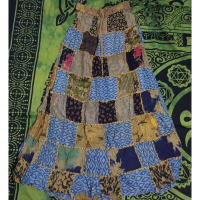 Patchwork jellegű hosszú szoknya drapp, kék, fekete, rózsaszín, lila színekben