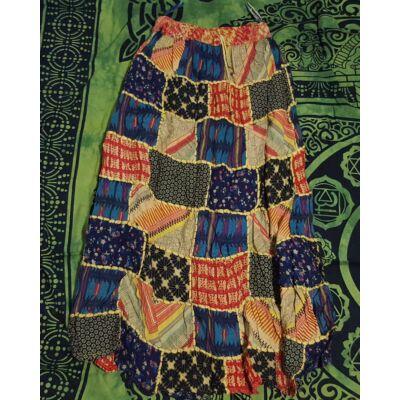 Patchwork jellegű hosszú szoknya sárga, piros, zöld, fekete színekben