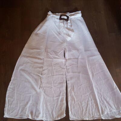 Szuper könnyű ragyogóan fehér szoknyanadrág gumis derékkal és övvel