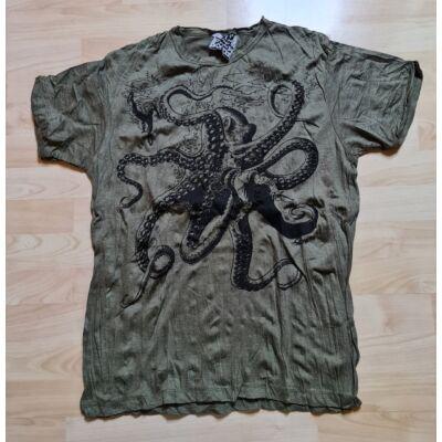 Férfi Sure póló polip mintázattal sötétzöld színben M méretben
