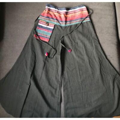 Férfi lenes vászon Thaiföldi fekete csikos derékrészes 1 zsebes bővülő szárú nadrág