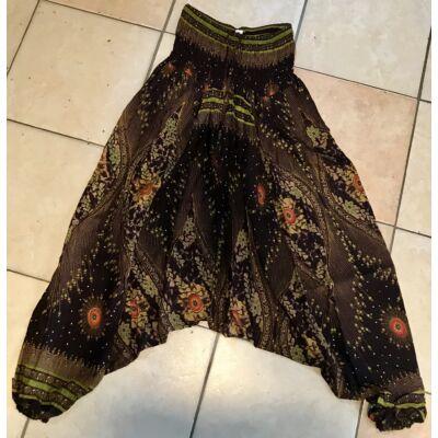Buggyos Aladdin nadrág sötétbarna alapszínű mély ülepű zöld pávatoll mintázattal