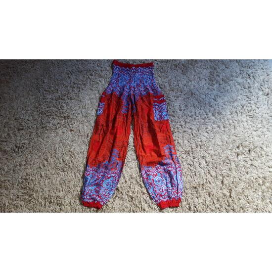 Piros-világoskék bő fazonú hárem nadrág mandala mintázattal