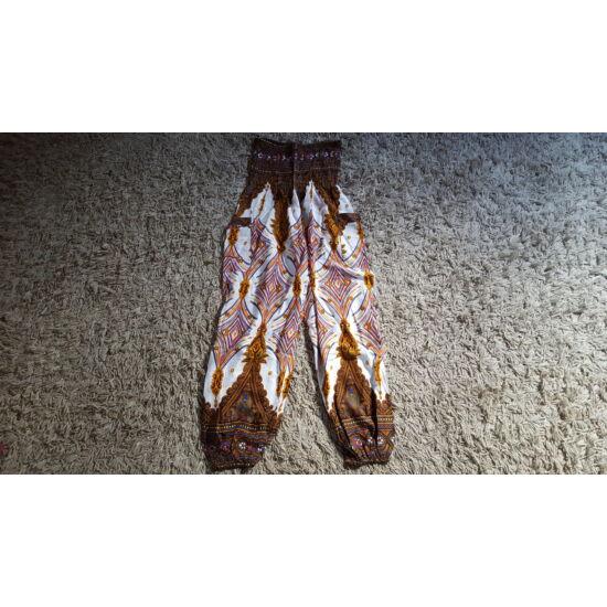 Barna-fehér bő fazonú hárem nadrág kék-piros absztrakt mintázattal