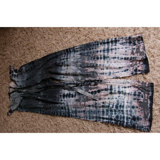 Nepáli batikolt nadrág fekete-szürke színben