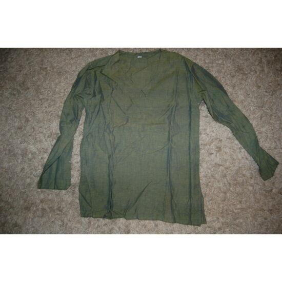 Hosszú ujjú nepáli ing zöld színben V kivágással